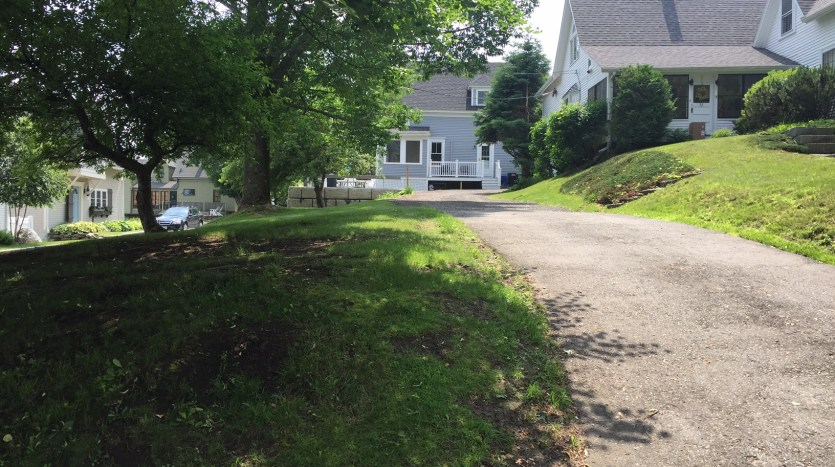 Driveway from road