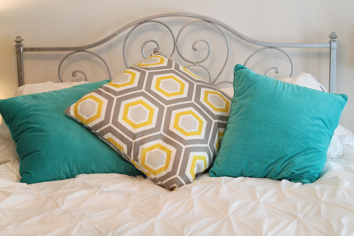 Guest Bedroom Renovation: Yellow and Gray