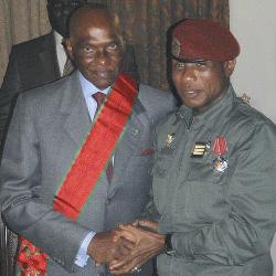 Guinée - Sénégal : Wade demande à Dadis Camara de ne pas se présenter en 2010