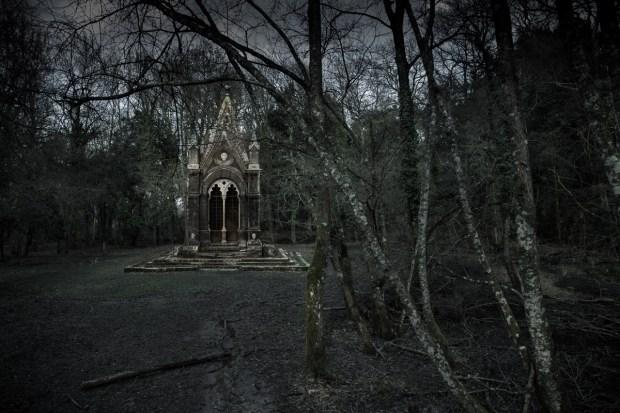 Cahen_Tomb