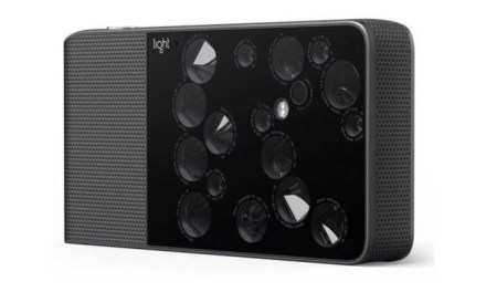 Light L16 camera release date expected in July 2017