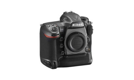 Nikon D5 100th anniversary edition shipments delayed until August