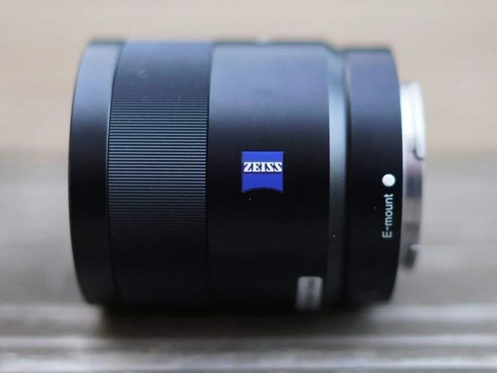 Sony-fe-55mm-f1-8-hero3