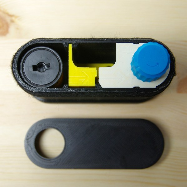 left to right: 120 film, the cutting module, the spooling module.