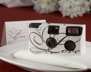 A wonderful way to give your guests a thank you blessing is a disposable camera...