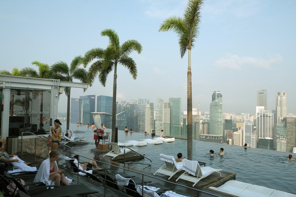 "Marina Bay Sands Hotel ""Infinity Pool"""