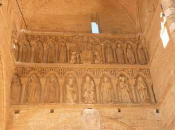 Villal-Cazar-de-Sirga-12-templar-church-03