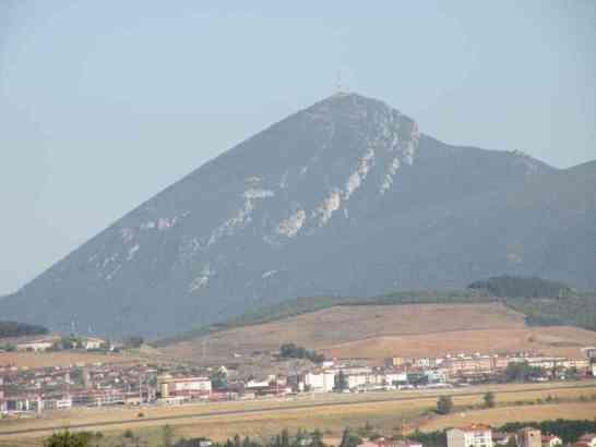 Cizur Minor 19 view on countryside 01