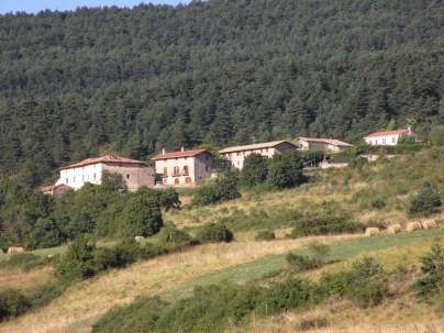 Larrasoana - Cizur Minor 03 houses in countryside