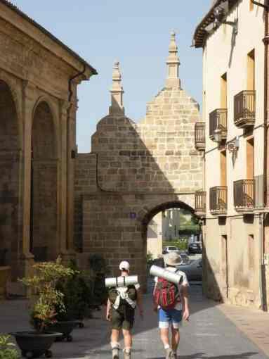 Villamajor de Monjardin - Viana 05 Los Arcos 05 gate