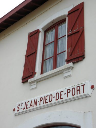St.-Jean-PP-02-train-station-house
