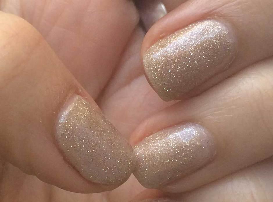 esmaltado permanente de uñas