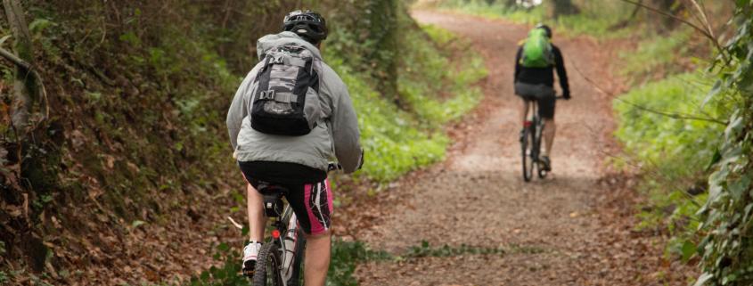 Consejos para hacer el Camino de Santiago en bici- Puedes hacer el Camino solo o en grupo, tú decides