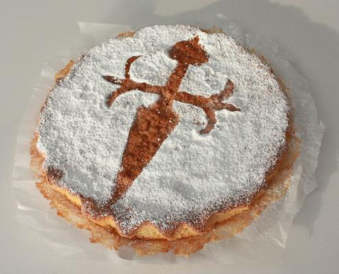 ¿Qué comer en el Camino Portugués? - Tarta de Santiago