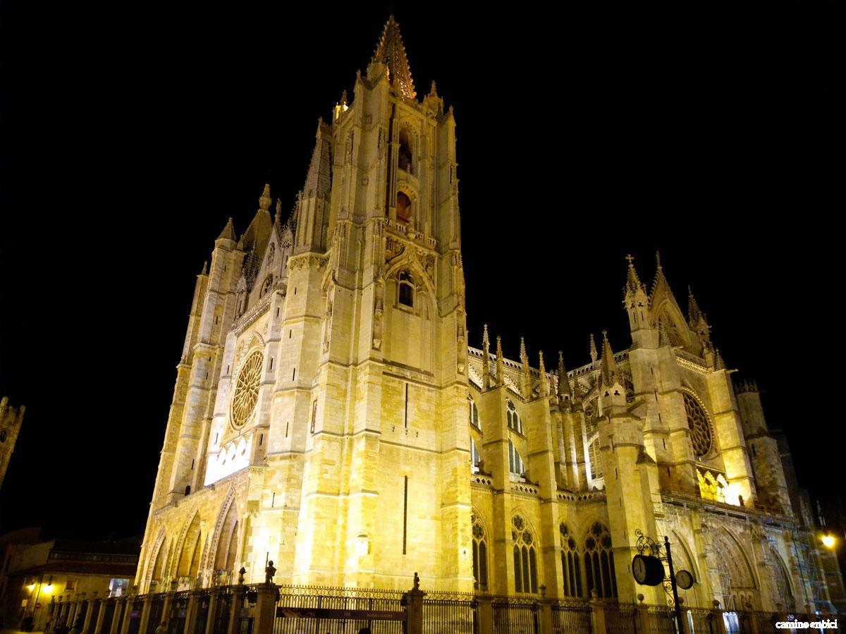 Catedral de Santa María de Regla de León - Camino de Santiago