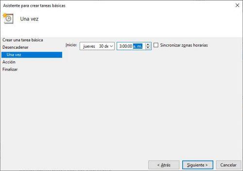 Crear una tarea para apagar la PC automáticamente a una hora determinada.