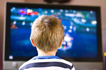 Televisión, tablet y niños
