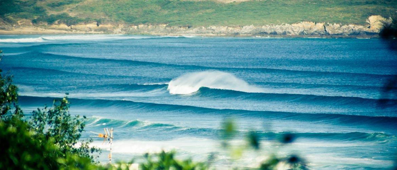 Surfcamp Galicien Valdovino Offshore Wave Lago