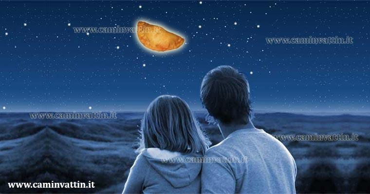 Innamorati guardano la luna  Camin Vattin