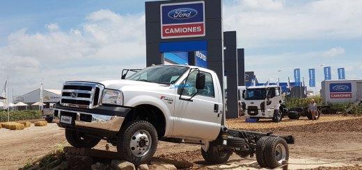 Camiones Ford Cargo Euro V en expoagro