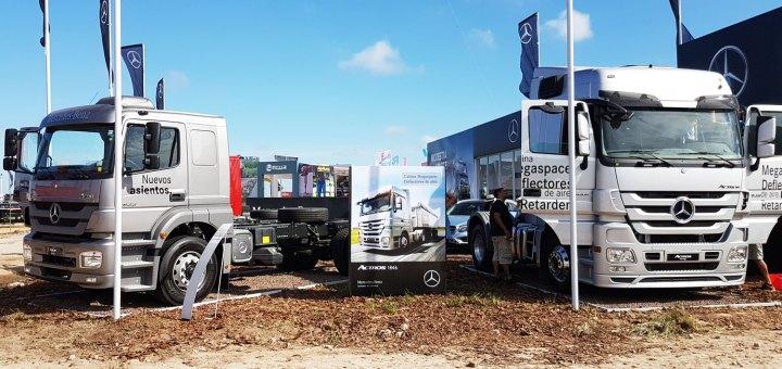Camiones Mercedes en Expoagro