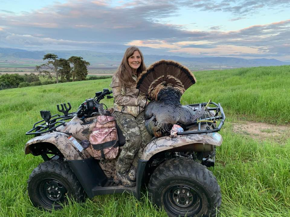women who hunt turkeys