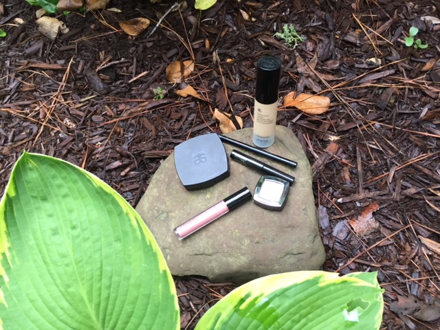 Makeup? What's your hunting glam plan?