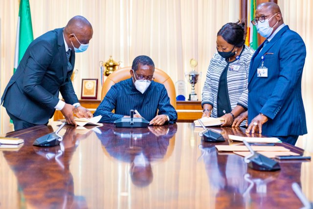 Governor Okowa Sign Bill To Eliminate Violence in Private And Public Life