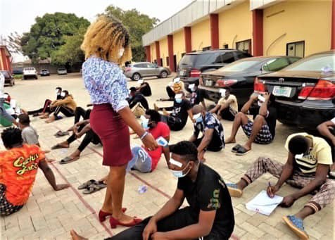 EFCC Arrests 30 Suspected Internet Fraudsters in Enugu