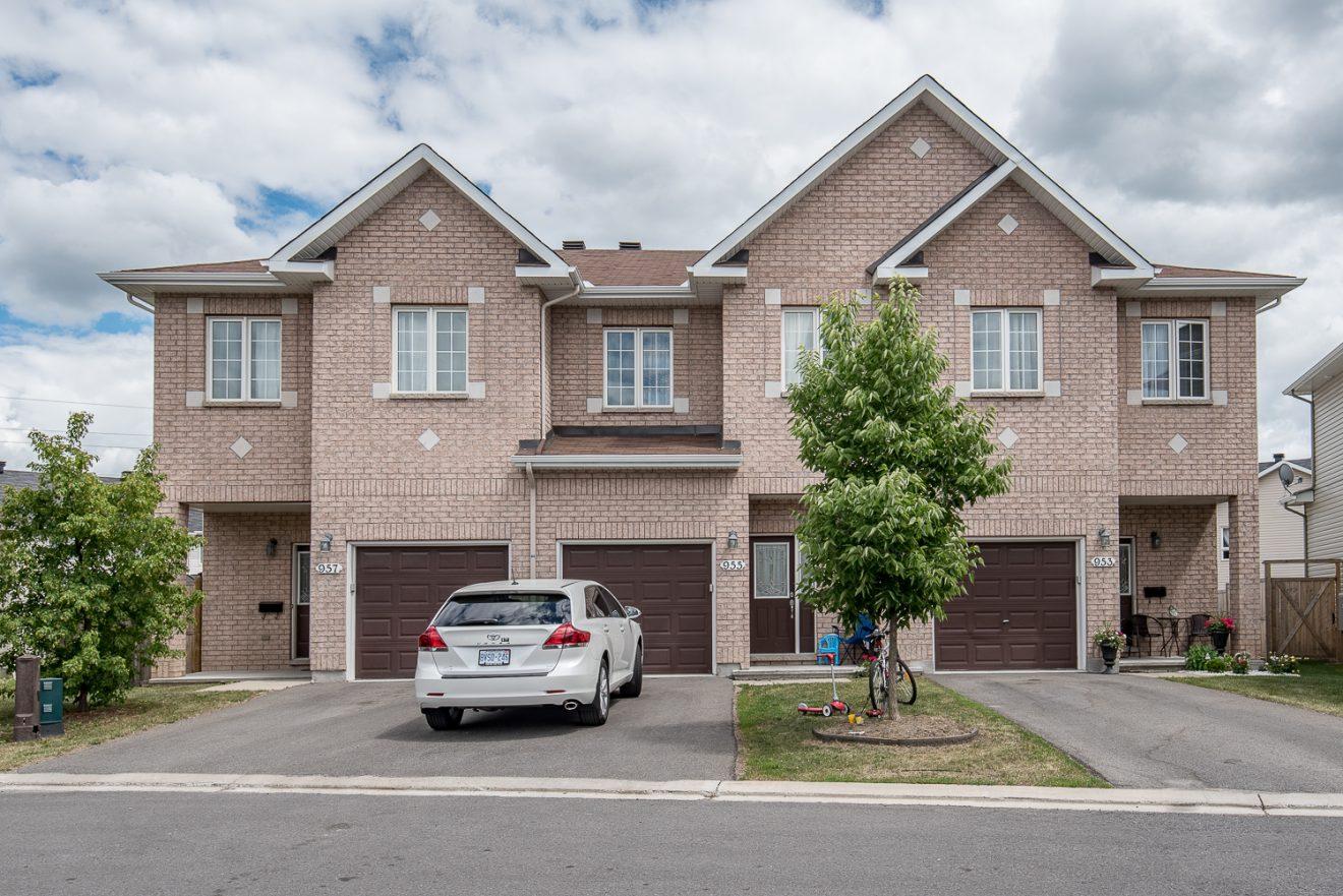 Rental Wait List  3 Bedroom Townhomes OttawaGloucester  Campanale Homes