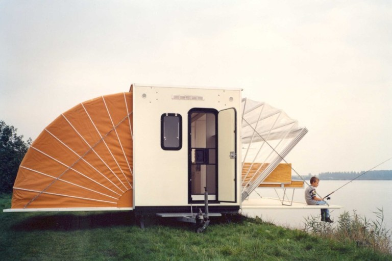 A double-awning marvel – The De Markies