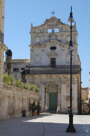 Eine Kirche in Syrakus in Sizilien.