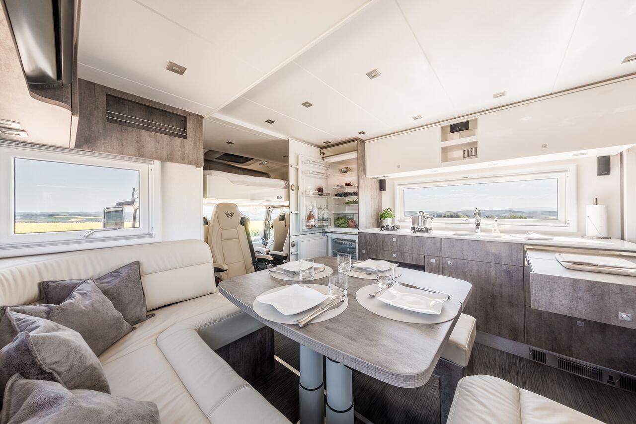 Aus LKW mach Wohnmobil – Luxus-Camper in Übergröße