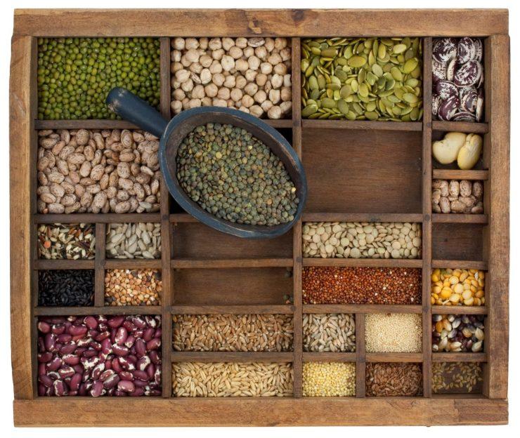 Verschiedene trockene Produkte: Reis, Linsen, Bohnen usw.