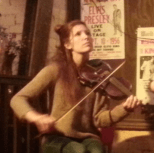 Photograph of Bronwen playing the fiddle
