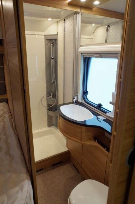 Dethleffs Camper 650 FMK  Colpo docchio sulla caravan  CamperLife