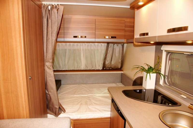 Weinsberg CaraOne 390 QD  Colpo docchio sulla caravan