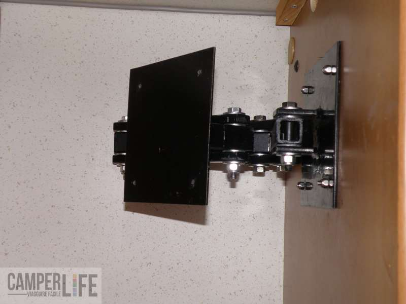 Realizzare una staffa porta Tv  CamperLife