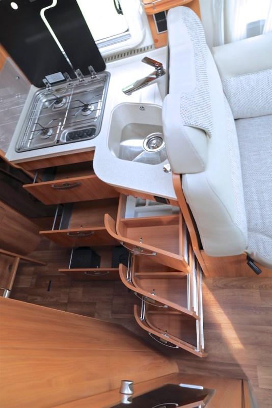 Hymer T 588 SL tramp keukenlades campers noord