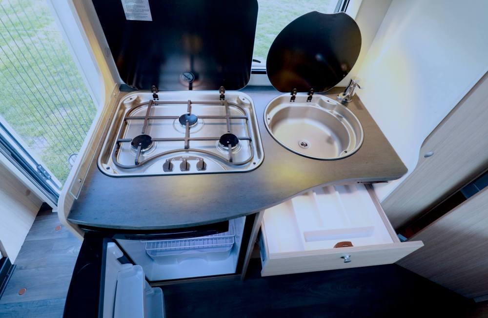 Keuken Sunlight T 58 Campers Noord