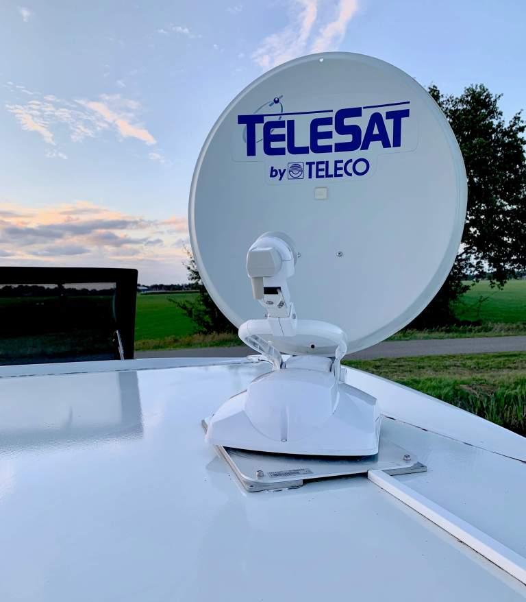 Challenger 398 2018 Campers Noord teleco