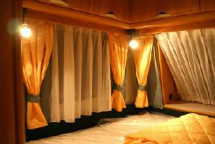 camperstofferingcom  stofferen van campers herstofferen