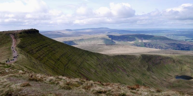 Staying at the Brecon Beacons Caravan and Motorhome club site and walking the central Brecon Beacons Circuit