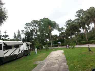 Encore Sunshine Travel RV Resort in Vero Beach Florida7