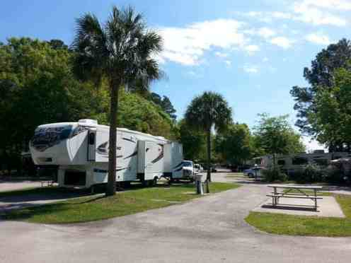 Flamingo Lake RV Resort in Jacksonville Florida20