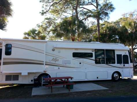 LaBelle Woods RV Resort in LaBelle Florida3