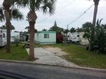 Lucky Clover RV and Mobile Home Park in Melbourne Florida3