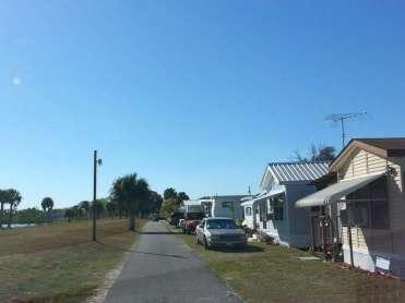 Meadowlark Shores RV Park in Moore Haven Florida4