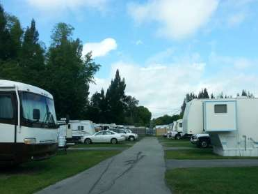 Ronny's RV Ranch & Mobile Home Park in Stuart Florida3