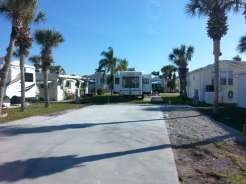 Siesta Bay RV Resort in Fort Myers Florida4
